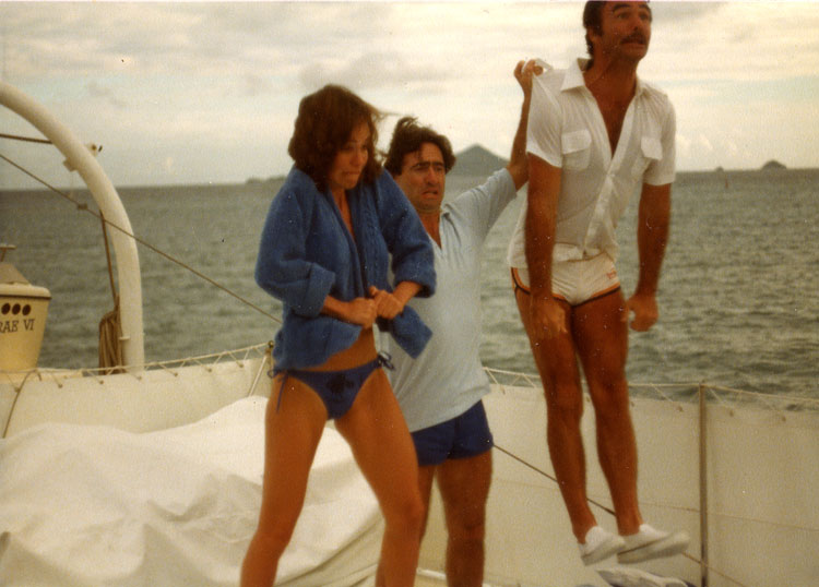 David Steinberg throws Burt Reynolds and Sally Field from the boat